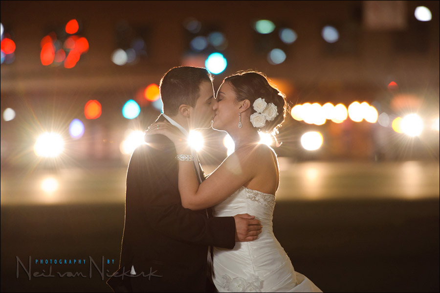 favorite wedding image – city lights & off-camera flash