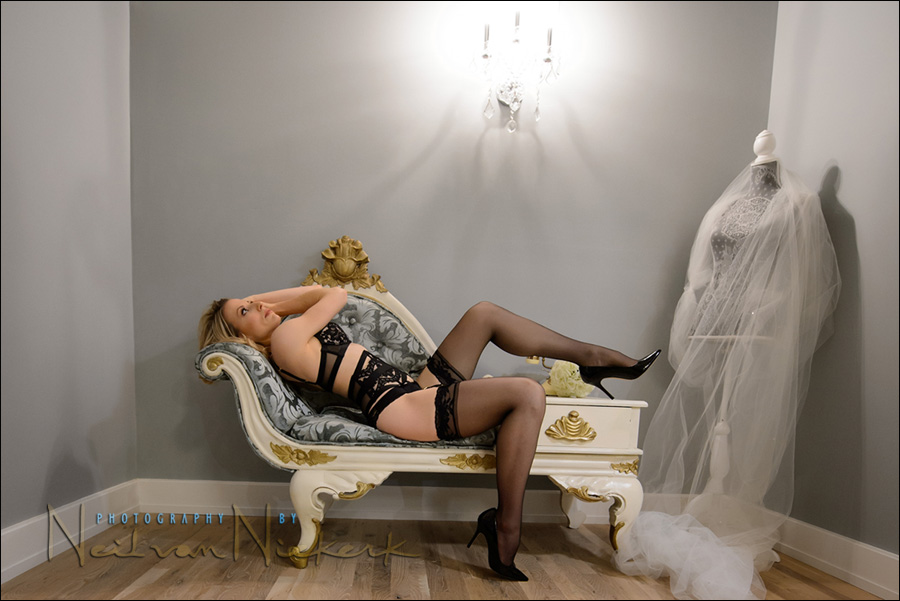 Boudoir photography – posing in increments