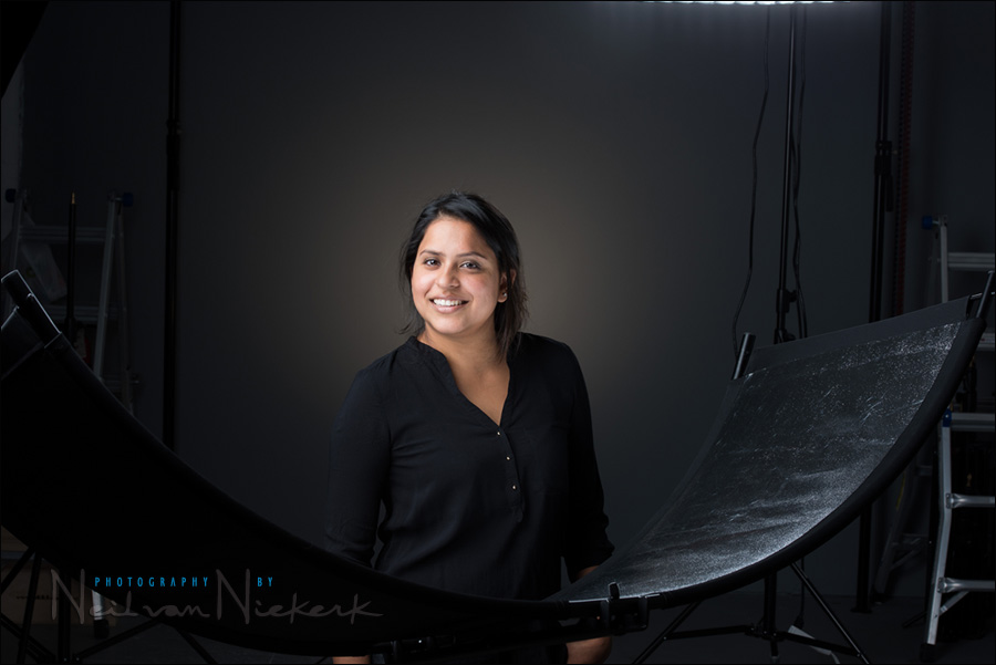 dramatic studio lighting. the best starting point is with eyelighter u201cstraightu201d in other words not rotated from there you can play and see how light affects your subject dramatic studio lighting