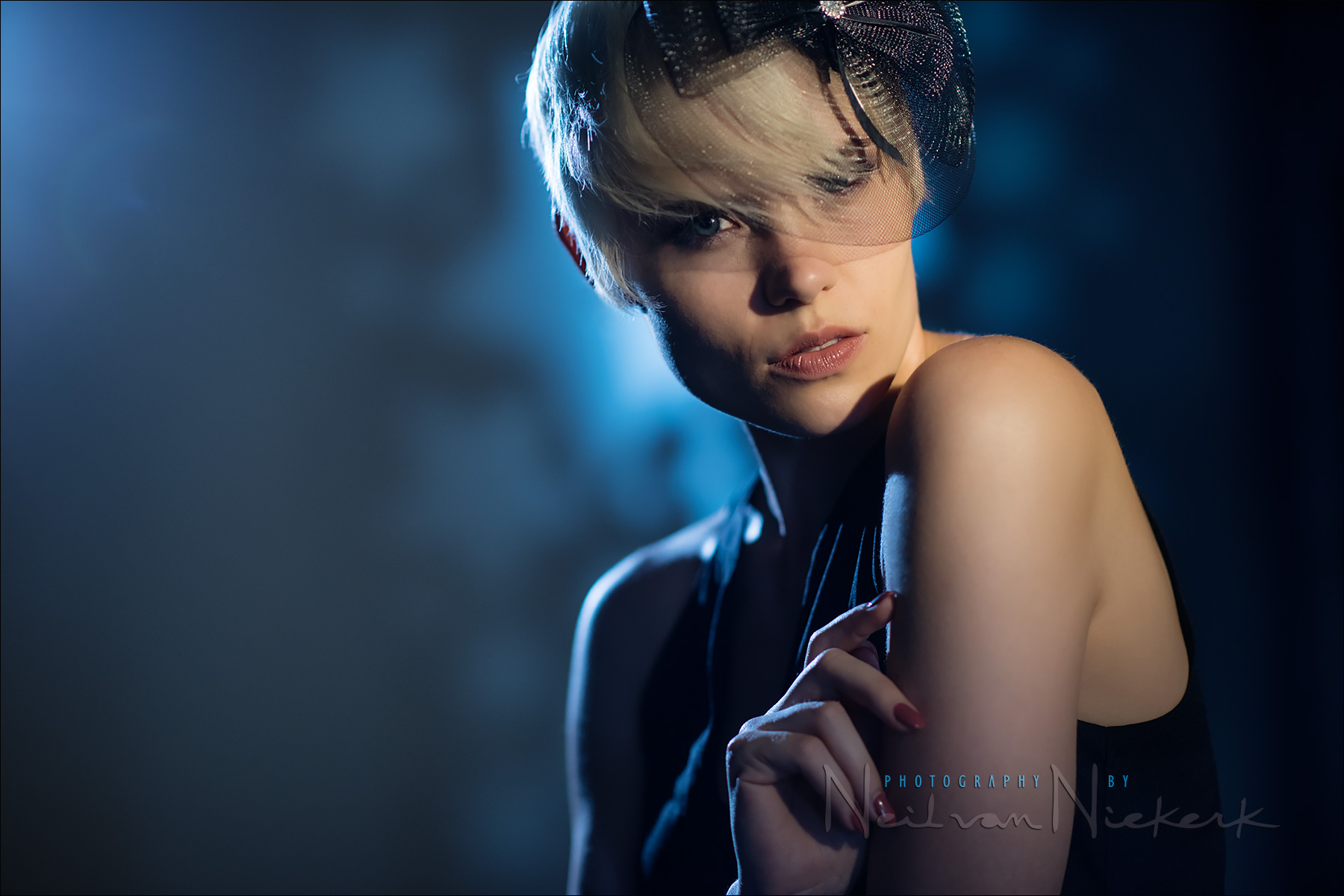 Dramatic Lighting Effects For Portrait Photography