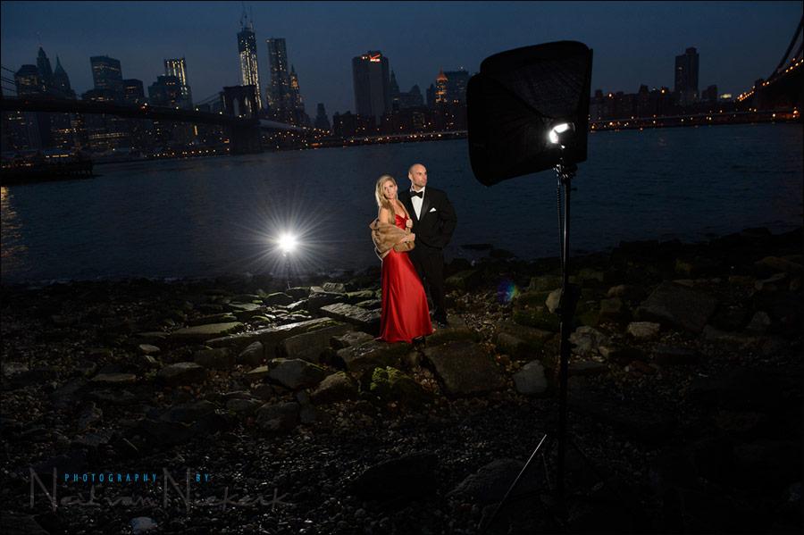 Speedlight Wedding Photography: Night-time Photo Session Using Off-camera Flash