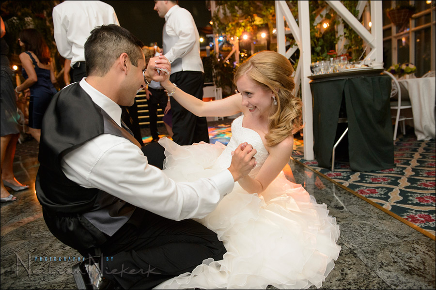 Wedding Photography Using High Iso And Flash At The Reception
