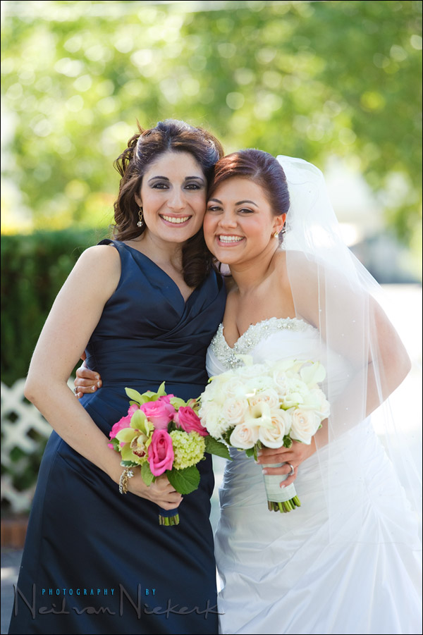 Portraits of the bride & bridesmaids – location and direction