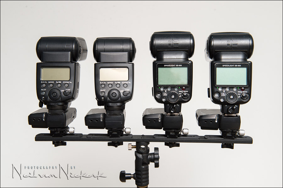How to mount multiple flashes / speedlites