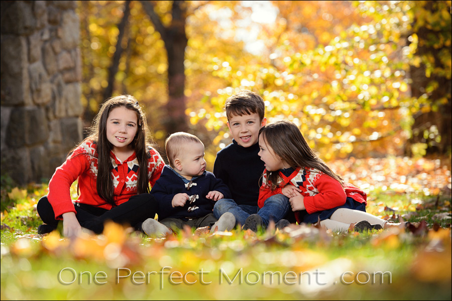 Outdoor photo session with kids, using off-camera flash